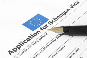 Sejumlah negara wajib mensyaratkan travel insurance dalam pengajuan visa