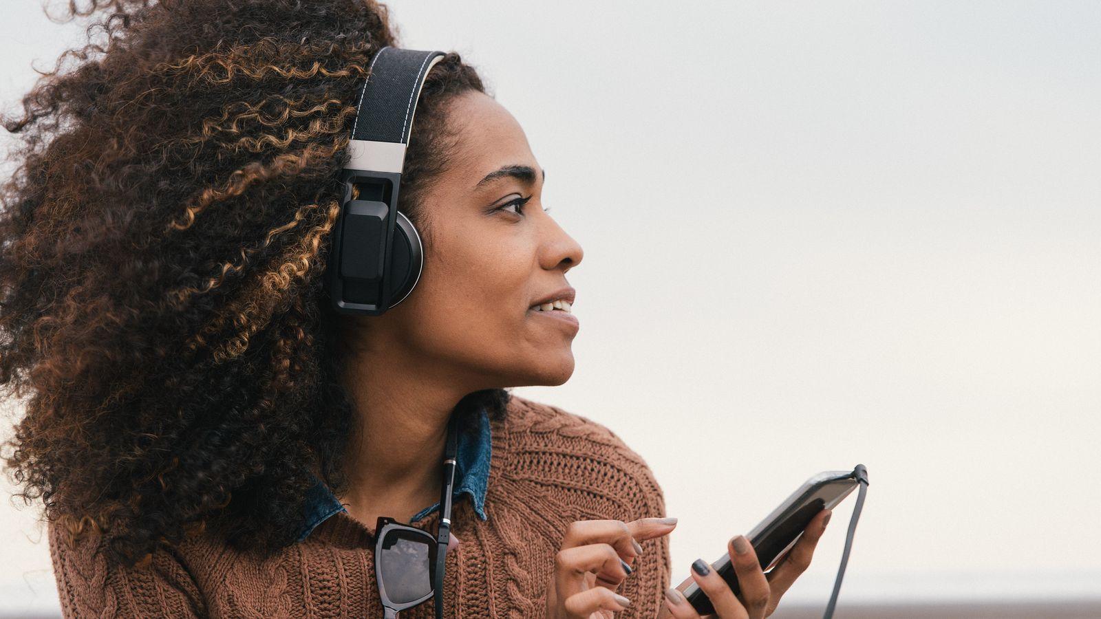 Dengerin musik juga bisa bikin relaks lho (musik/ mic)
