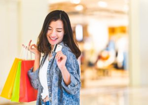 Manfaat kartu kredit (Shutterstock)