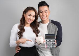 Cara atur duit untuk pasangan muda. (Shutterstock)