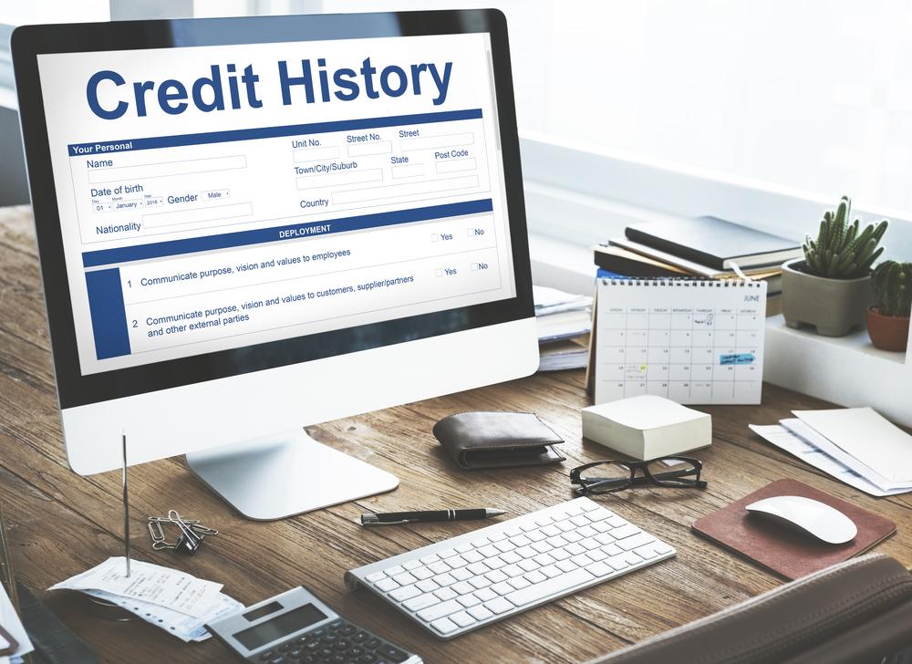 Pinjaman usaha perlu di saat perlu membangun riwayat kredit. (Shutterstock)