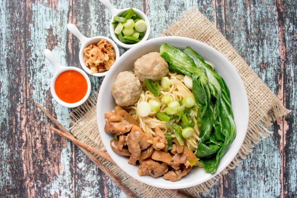 Mie ayam, makanan indonesia yang disukai selebriti dunia. (Shutterstock)