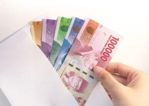 Tips menabung setengah gaji