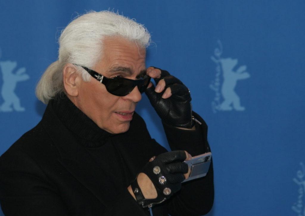 Mengenal Karl Lagerfeld, Penyelamat Chanel dengan Kekayaan Rp 4,2 Triliun