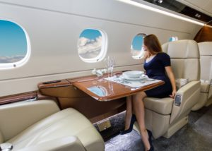 Ilustrasi Garuda Indonesia first class