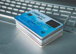 Jangan gunakan kartu kredit tanpa tujuan jelas (Shutterstock).