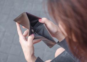 Kebiasaan di Bulan Puasa yang Justru Bikin Kantong Jebol (Shutterstock).