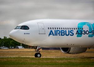 Ilustrasi Pesawat Airbus 330-900NEO Lion Air (Shutterstock)