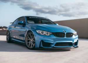 Mobil BMW (Shutterstock)