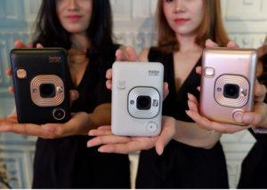 Kamera Instax Fujifilm Terbaru (MoneySmart)