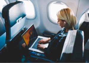 Harga Tiket Pesawat Mahal, ASN Diminta Hemat (Shutterstock)