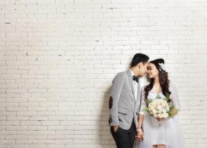Pesta Pernikahan Sederhana (Shutterstock).