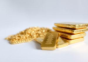 Emas Makin Dicari Orang (Shutterstock)