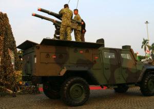 Senjata TNI yang Dibuat PT Pindad Indonesia (Shutterstock).