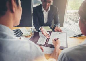 Investasi Asing (Shutterstock)
